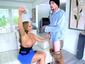 Milf with big boobs Richelle Ryan accepts man's cock as the payment