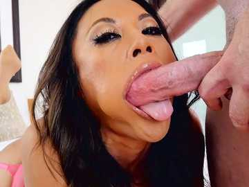Asian MILF Kaylani Lei modeling blowjob on dildo and getting deepthroat